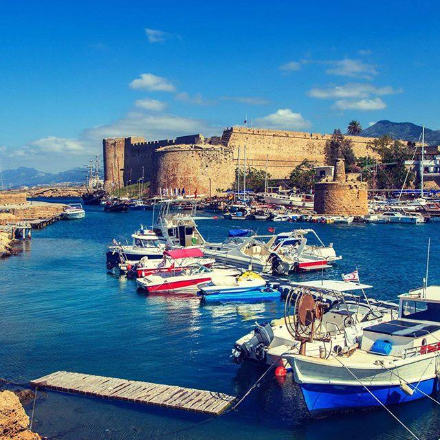 Места на Кипре не хватает