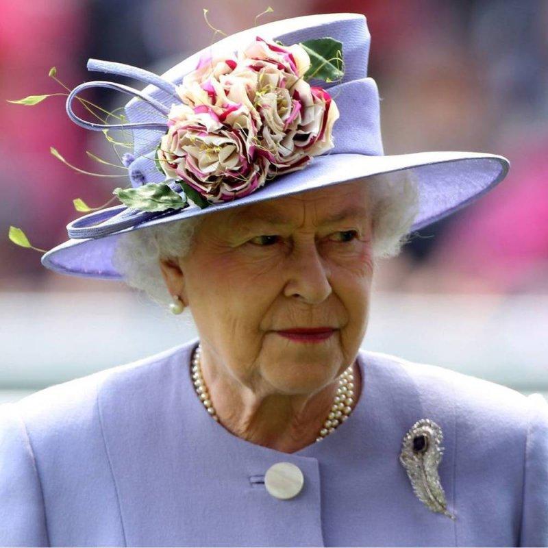 Родственники королевы