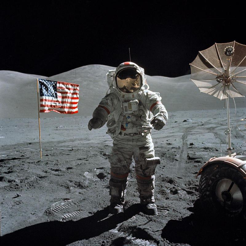 Космонавт без скафандра